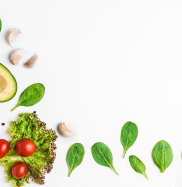 imagem de alimentos para ilustrar texto sobre a alimentação saudável e câncer de mama